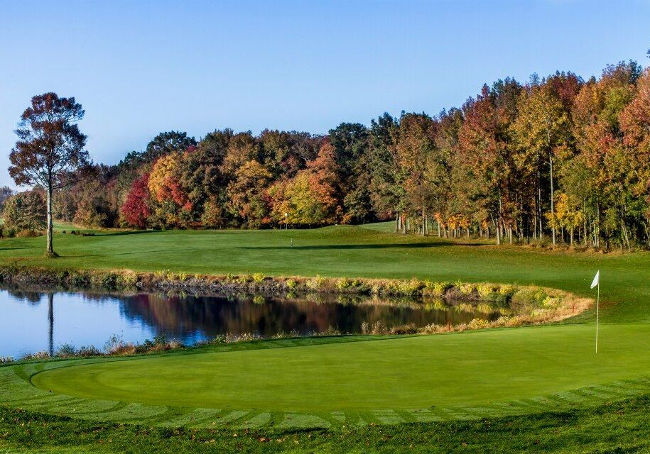 mountain_view_golf_course_cover_picture